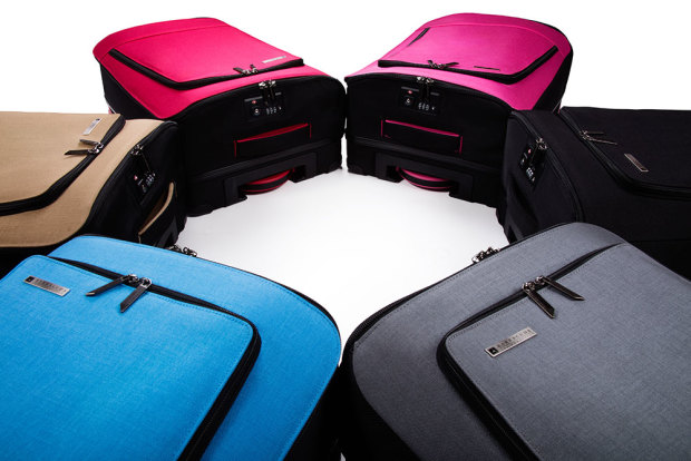Barracuda - Stylish Compact Travel Bag Gadget for Luggage