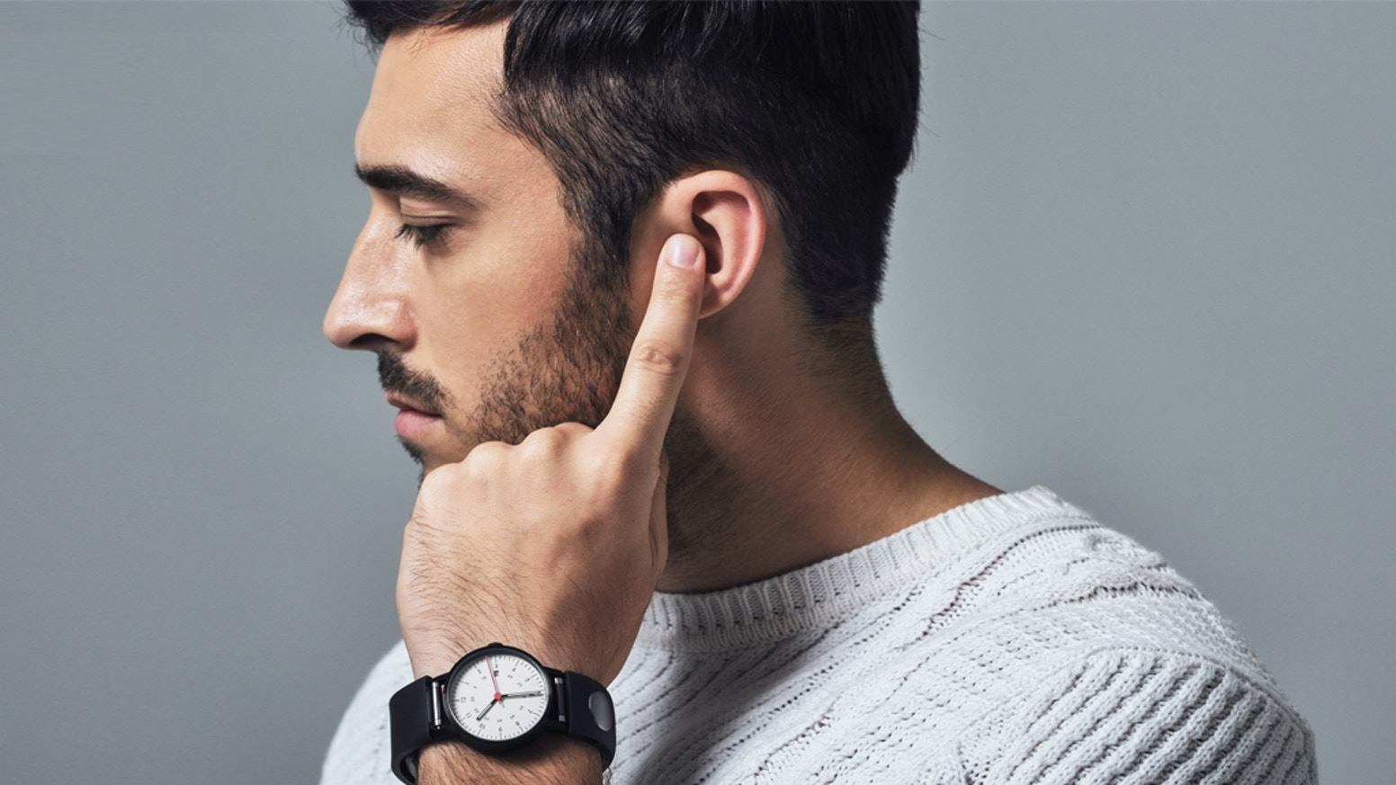 Wearable Gadget Sgnl - Make Phone Calls with Your Fingertip